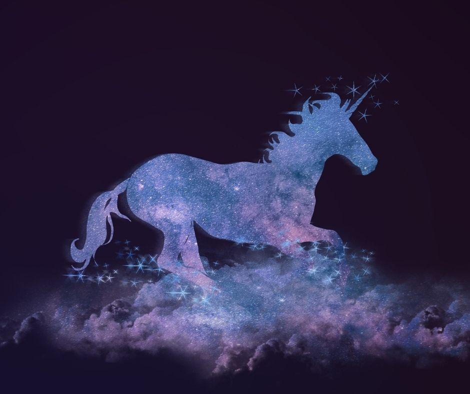 Image of a purple unicorn on a dark blue-purple background